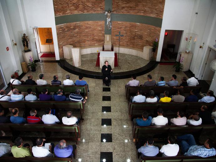 Número de diáconos permanentes cresce mais do que o de padres no Brasil