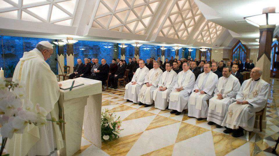 O caminho da Igreja é o da franqueza, diz Papa em homilia