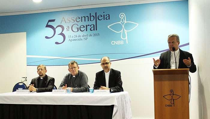 Em coletiva, bispos destacam Tema Central: Reforma Política e eleições da CNBB