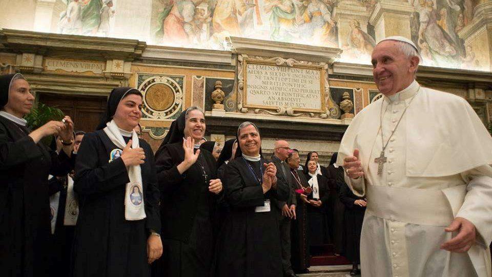 Papa reza pela paz na Terra Santa e por cristãos perseguidos