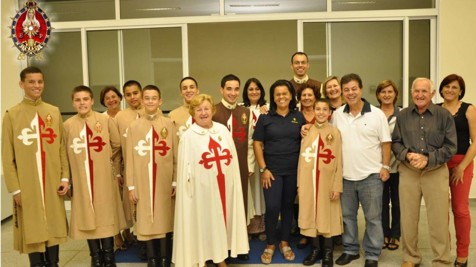 Convite: Festividade de Nossa Senhora de Fátima, em São Carlos