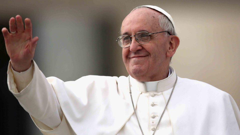 Papa pede atenção da opinião pública à perseguição religiosa