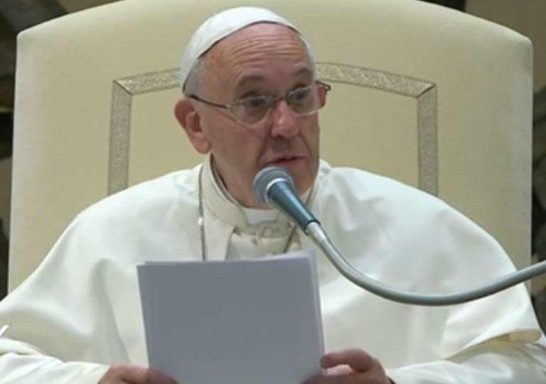 Jesus é a Porta que leva à salvação, diz Papa