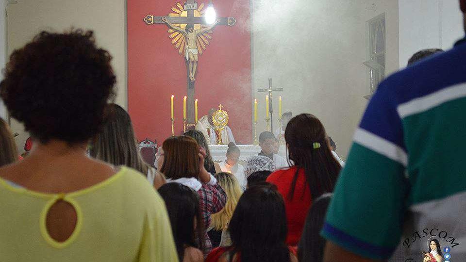 Celebração de Corpus Christi na Paróquia Santa Teresinha de Jaú
