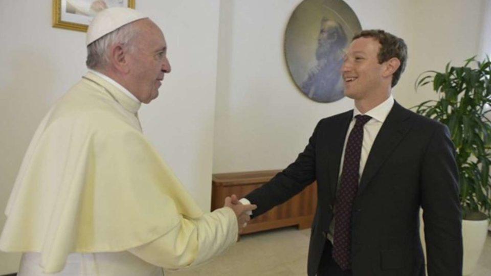 Papa Francisco encontrou-se com o fundador do Facebook