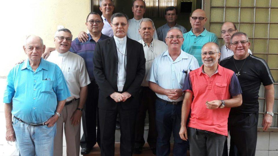 Encontro de padres com 26 a 35 anos de ordenação