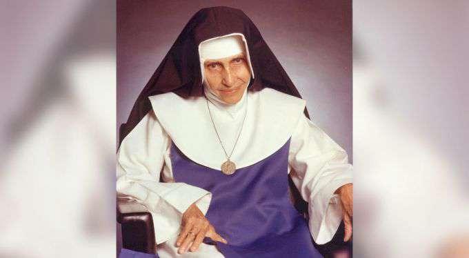 Há 25 anos o Brasil se despedia da beata Irmã Dulce