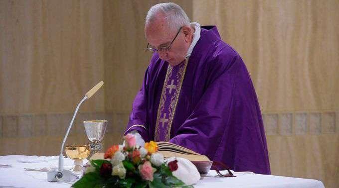 """Papa Francisco propõe a """"bússola do cristão"""" para a Quaresma"""
