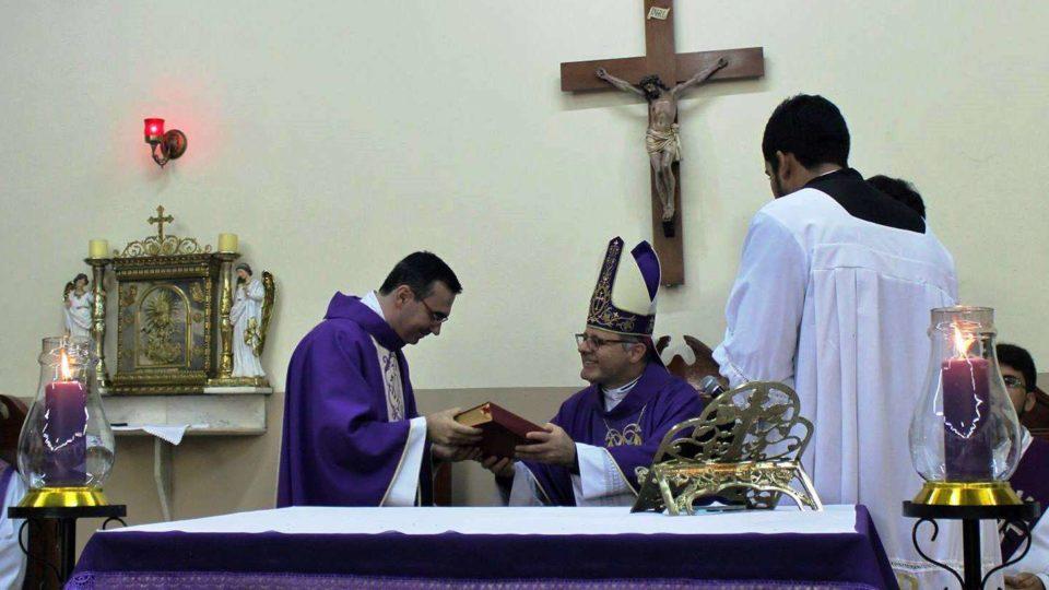 Padre Marcos Sampaio Assume Paróquia Santa Angela de Mérici