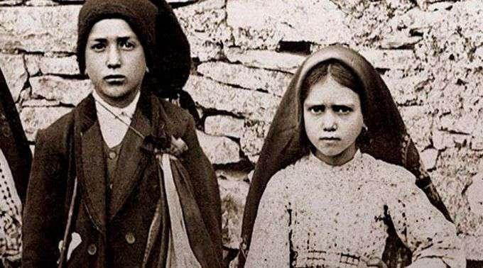 Papa aprova milagre que fará santos os pastorinhos de Fátima Francisco e Jacinta