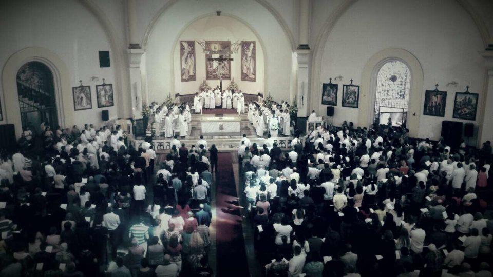 Bispo ordena os primeiros padres desde sua chegada na Diocese