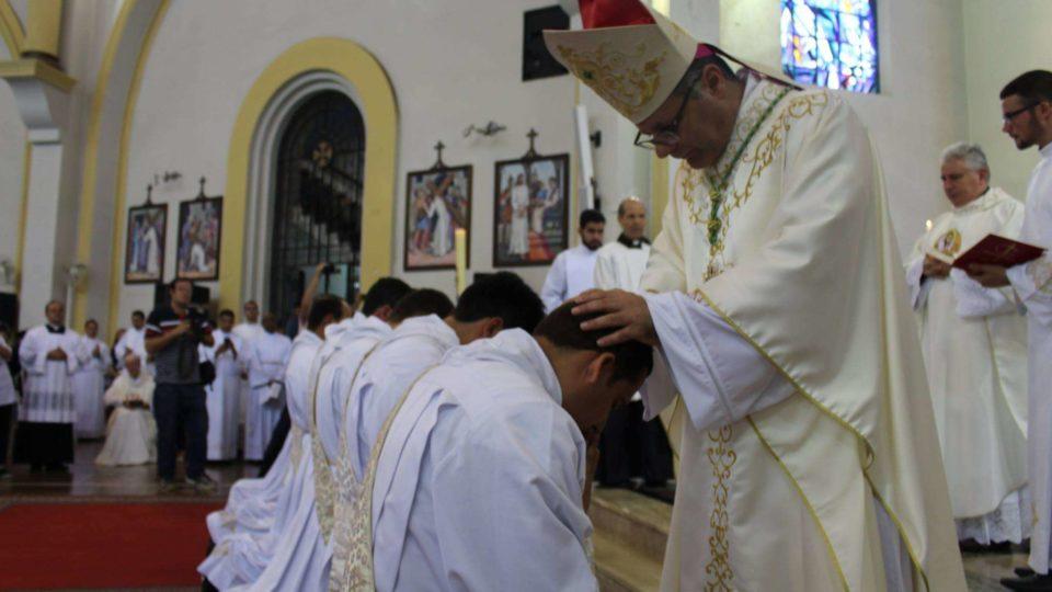 Em homilia bispo ressalta a importância do Anúncio, da Missão e do Espírito Santo