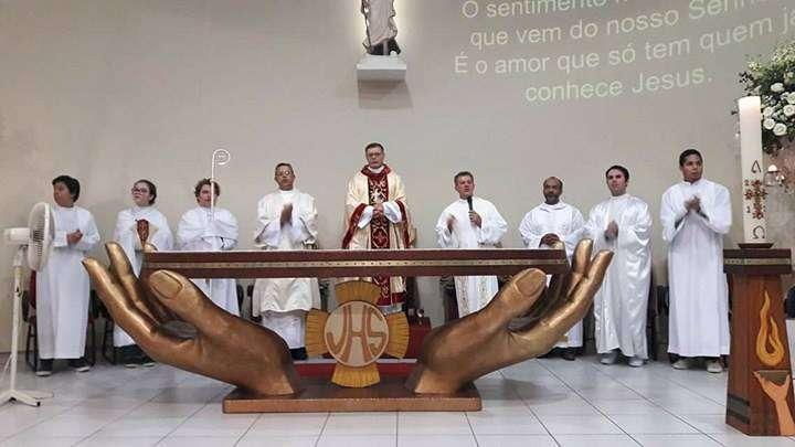 Paróquia Santa Rita de Cássia celebra o dia da Padroeira