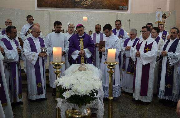 Dom Paulo preside Missa de Exéquias do Cônego Oswaldo Baldan