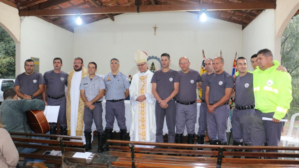 Dom Paulo  visita Policiais Rodoviários