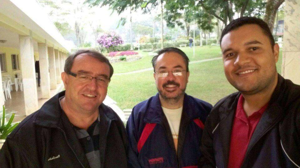 Padres da Diocese participam da XXXI Assembleia da OSIB