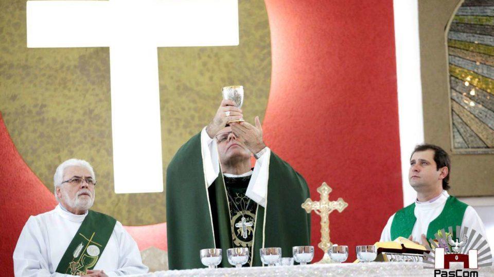 Paróquia Sagrada Família em festa