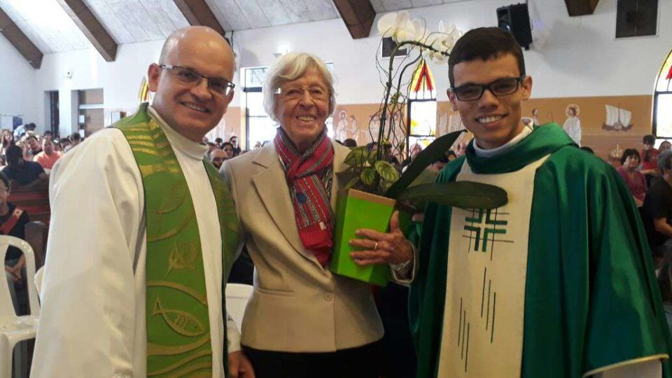 Irmã de Dom Constatino Amstalden visita Paróquia de São Nicolau de Flüe
