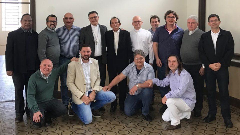 Dom Paulo Sérgio Machado visita Diocese e almoça com Conselho de Presbíteros