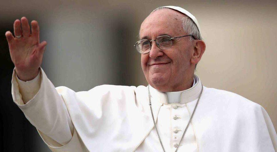 Em mensagem, Papa recorda centenário do primeiro Código de Direito Canônico
