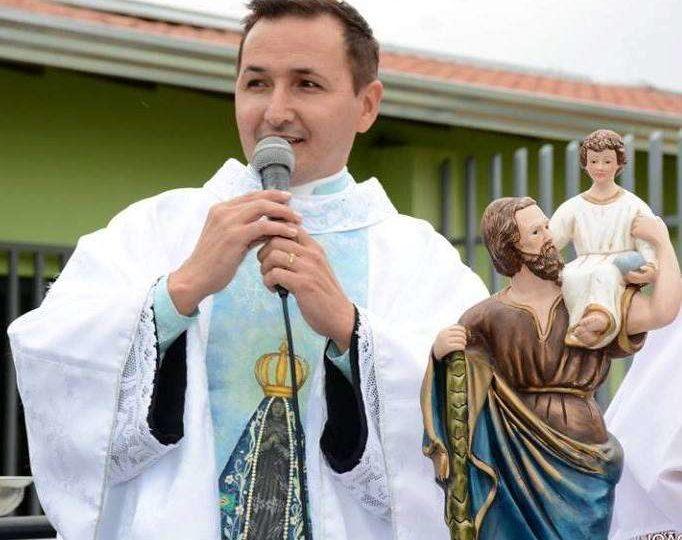Dom Paulo nomeia Pe. Dionísio dos Santos para Assessor da Pastoral da Criança