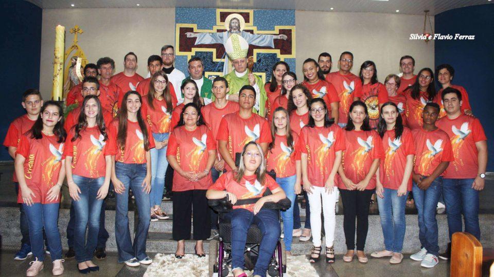 Dom Paulo Cezar Preside Crisma na Paróquia São João Batista em Araraquara