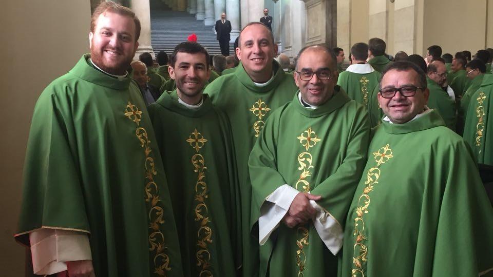 Padres da Diocese Participam em missa com Papa Francisco – Diocese de São Carlos