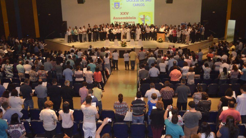 Celebração encerra 25ª Assembleia e inicia Ano do Laicato na Diocese