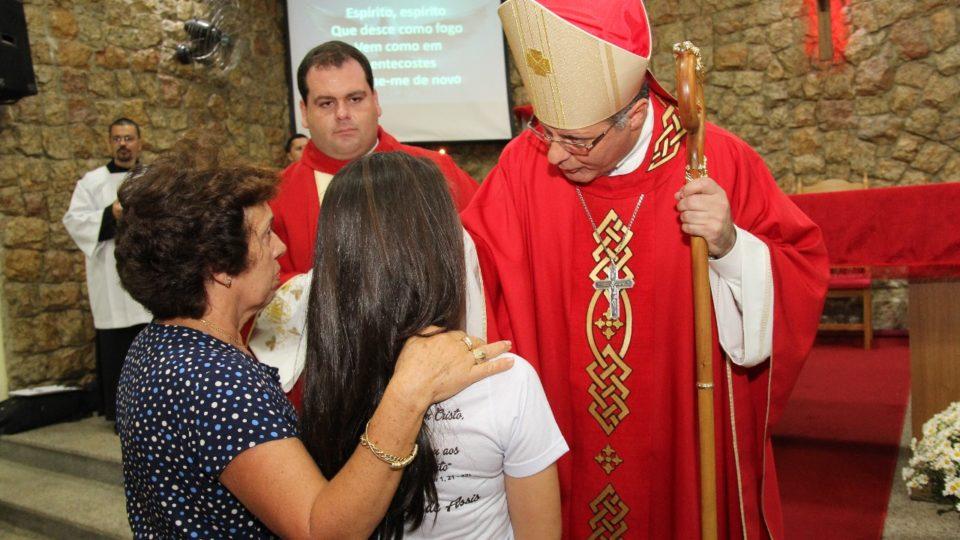 Américo Brasiliense recebe Dom Paulo Cezar para celebração da Crisma