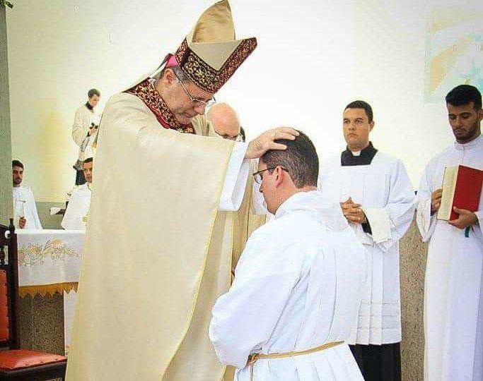 Em Rincão Helton Dias dos Santos é ordenado Diácono Transitório