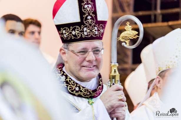 Dom Paulo Cezar recebe diversas congratulações pela passagem de seus 25 anos de Ordenação Sacerdotal