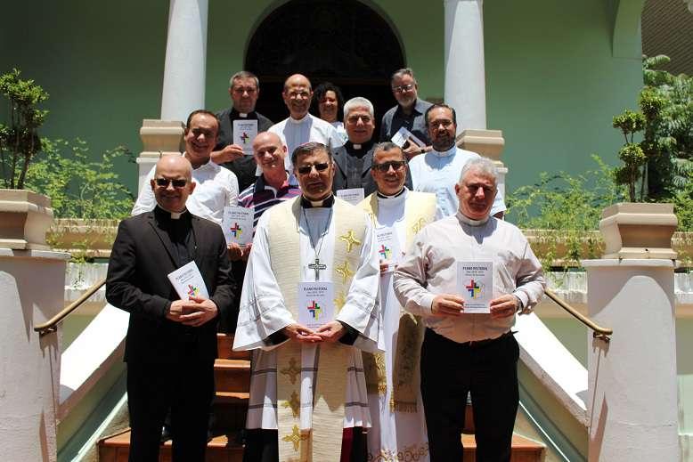 Dom Paulo Cezar promulga Plano Diocesano de Pastoral