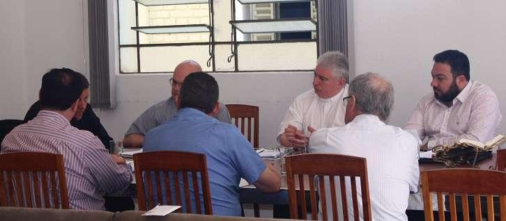 Dom Paulo Cezar se reuniu com Colégio de Consultores