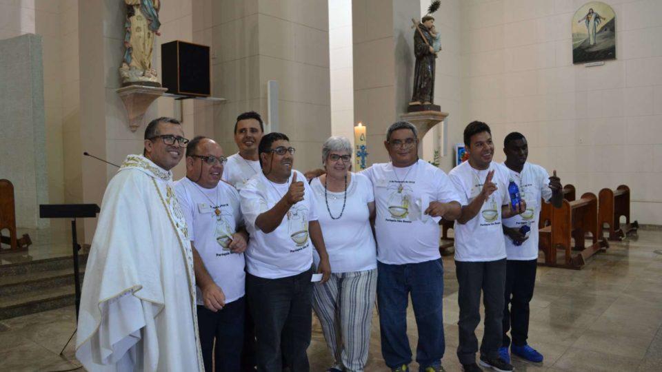 Paróquia São Bento realizou batismo de pessoas com deficiência