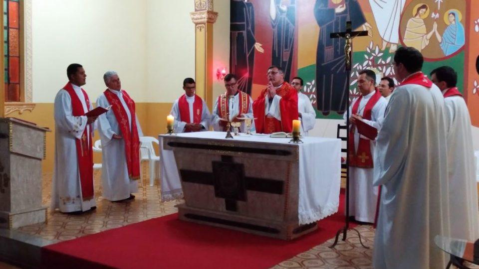 Seminaristas da Filosofia e Teologia iniciam retiro