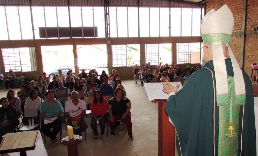Dom Eduardo Malaspina visita a Comunidade Nossa Senhora de Guadalupe em Araraquara