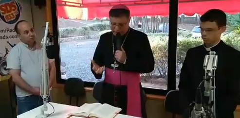 Dom Paulo Cezar oficializa Rádio Diocesana