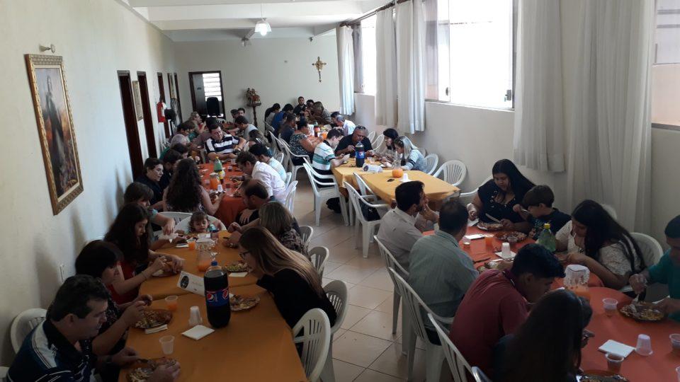 Seminaristas de Filosofia almoçam com seus familiares