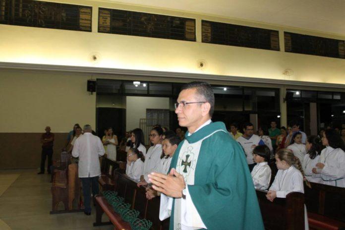 Dom Paulo nomeia Padre Marcelo como Administrador Paroquial
