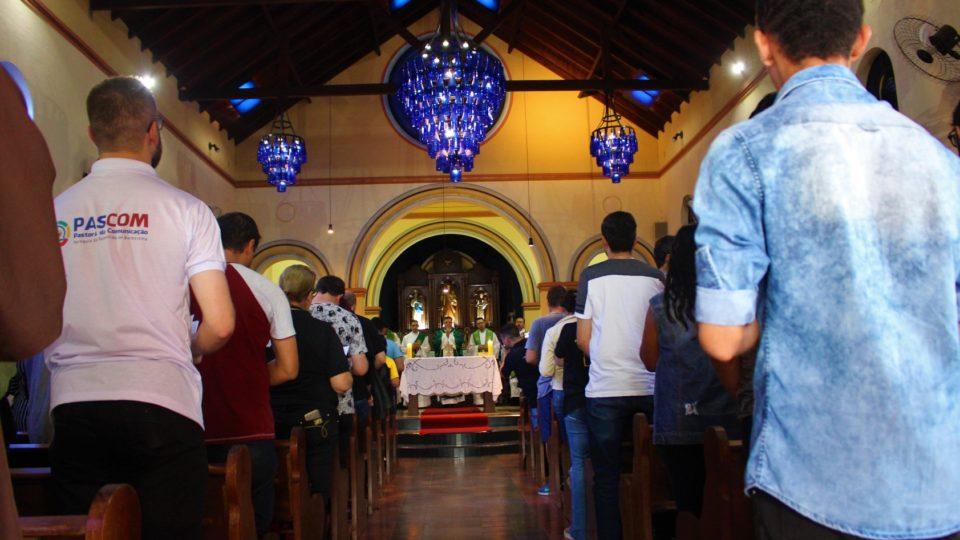 Bispo Diocesano preside missa de envio dos agentes de comunicação