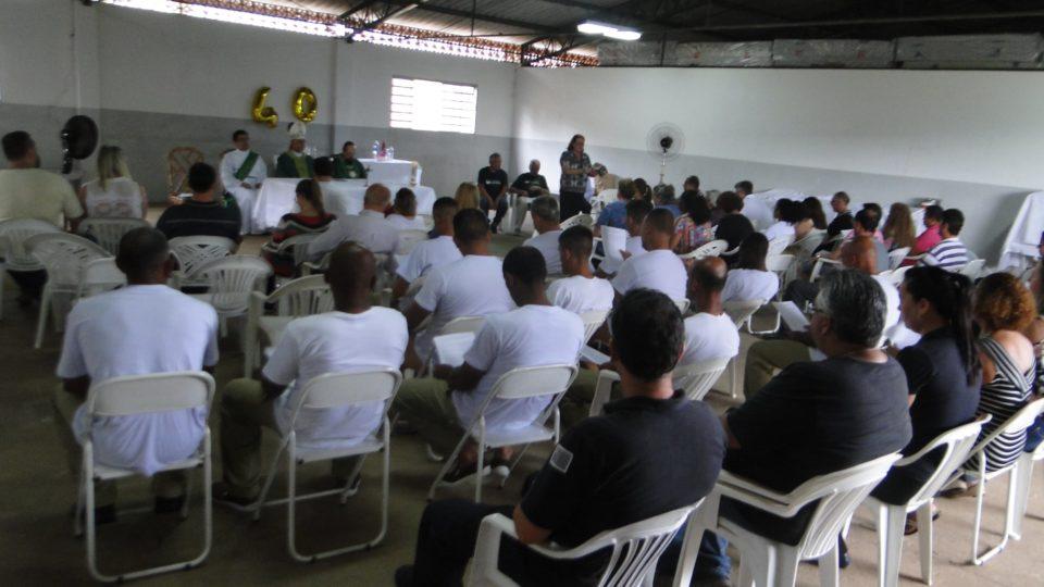 Bispo Diocesano celebra na Penitenciária de Itirapina