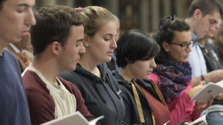 O protagonismo da juventude na evangelização deve ser prioridade na Igreja