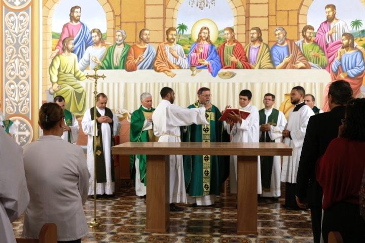 Igreja Matriz de São João Evangelista na cidade de Ibaté é reaberta