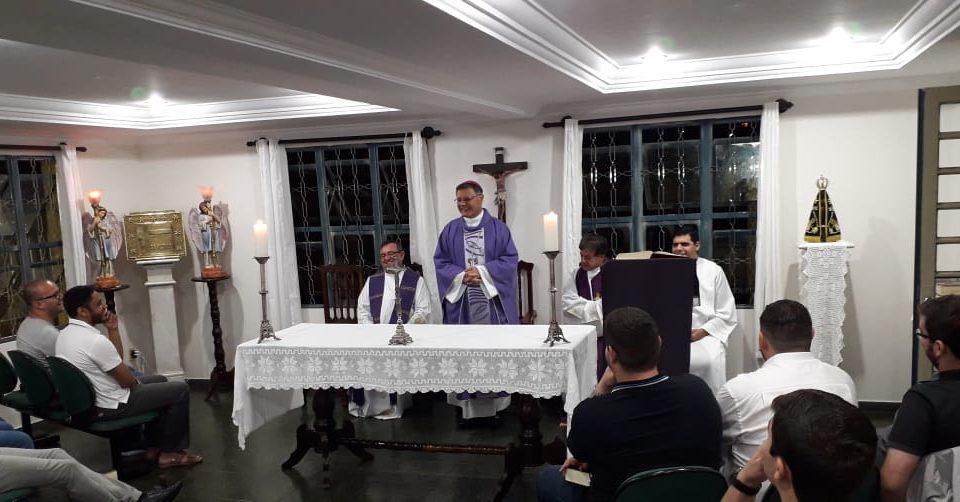 Dom Paulo Cezar visita o Seminário de Teologia