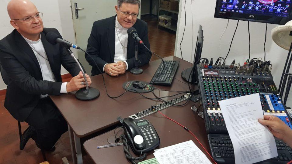 Bispos falam à Itápolis através da Rádio FM 104