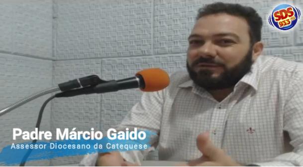 Padre Márcio Gaido fala sobre o processo catequético na Diocese e aborda a Iniciação à Vida Cristã