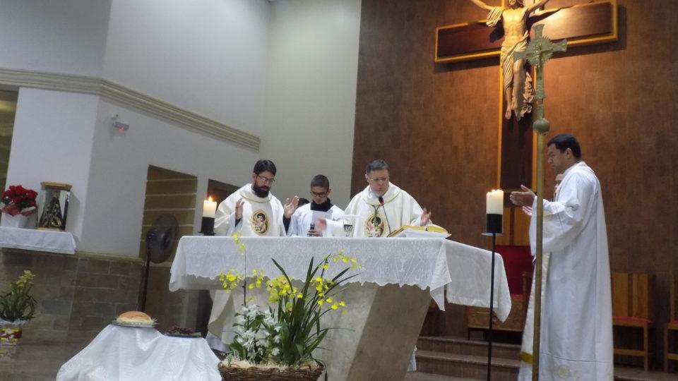 Padre João Victor é empossado na Paróquia São João Batista em São Carlos
