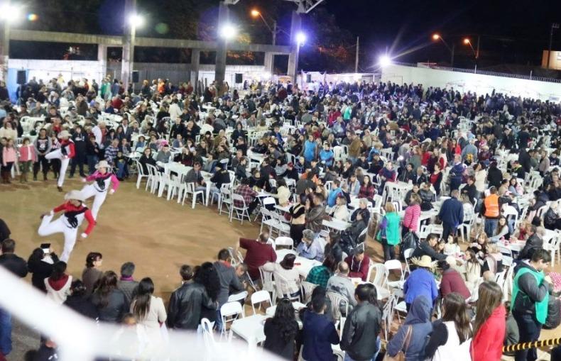 Festa Junina da Paróquia São Nicolau acontece neste sábado
