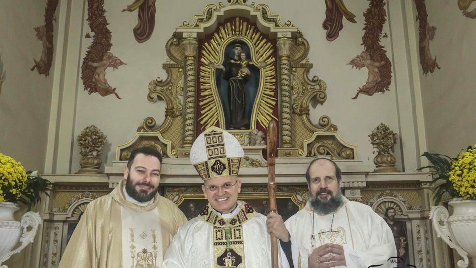 Dom Eduardo Malaspina preside Trezena de Santo Antônio em São Carlos