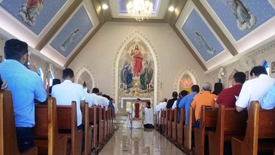 Bispos, presbíteros e diáconos se reúnem em dia de oração pela Santificação do Clero